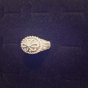 Jewelry - Fun Sterling Silver Donne Ring